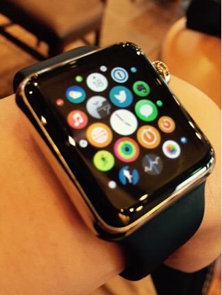 Apple Watch(アップルウォッチ)を二週間使ってみてダイレクトなレビュー